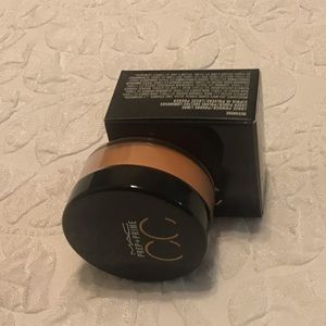 Other - NWOT MAC Pre+Prime CC correcting loose powder
